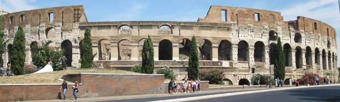 Cycling for Peace - colosseum (1).jpg