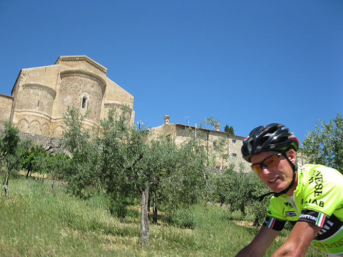 Cycling for Peace - sangiovanni in venere.jpg