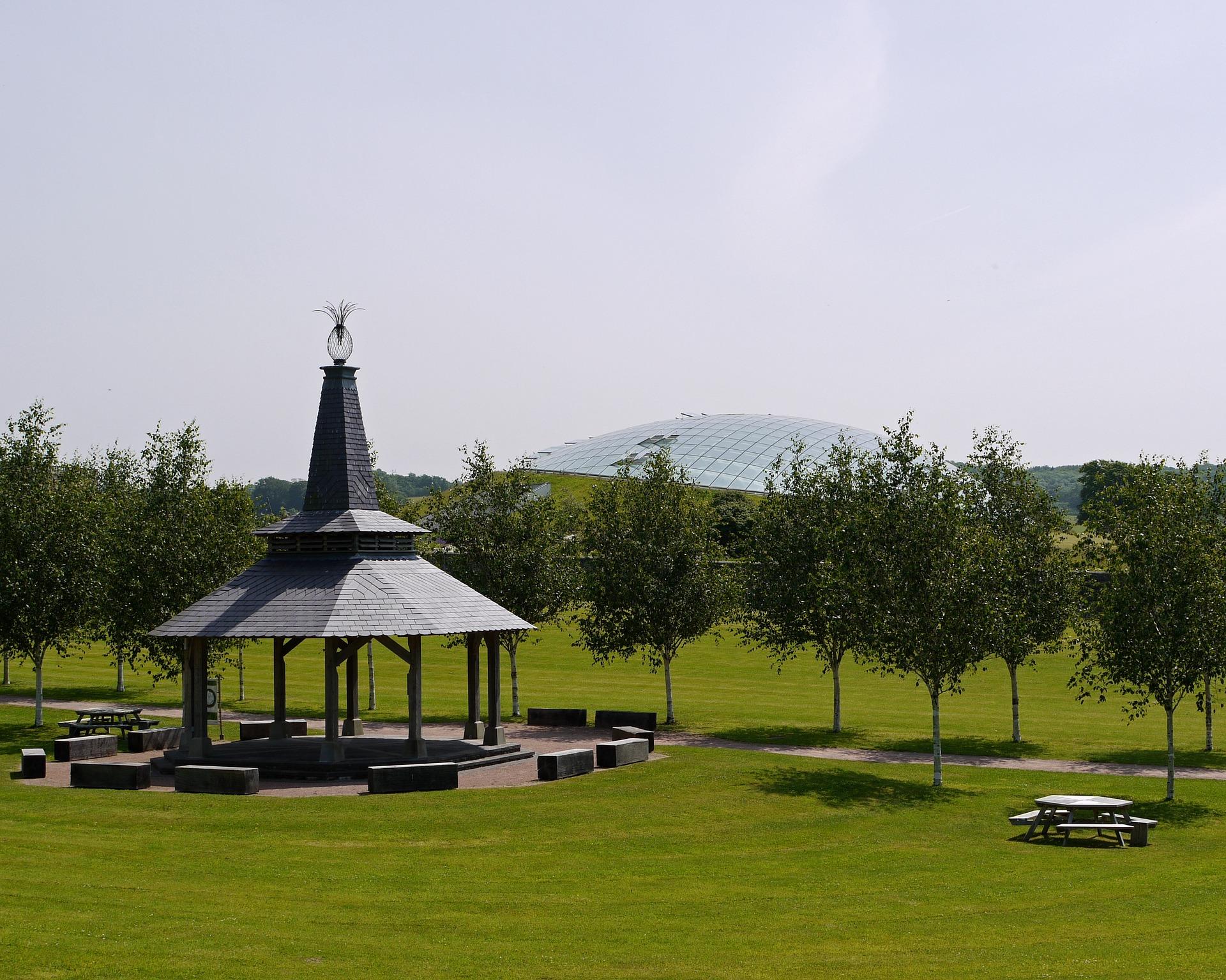 Natl Botanic Garden Wales.jpg