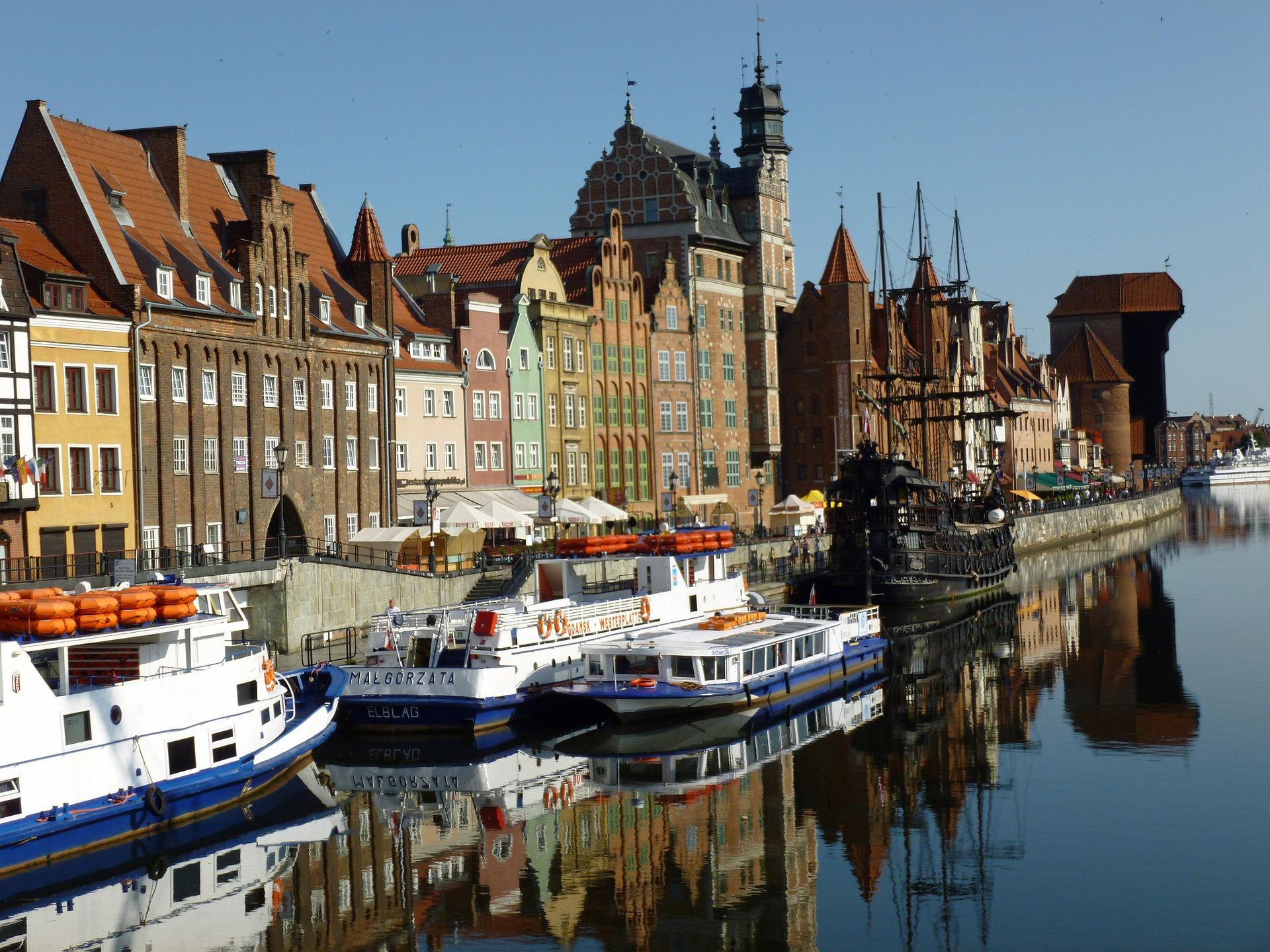 Gdansk waterside.jpg