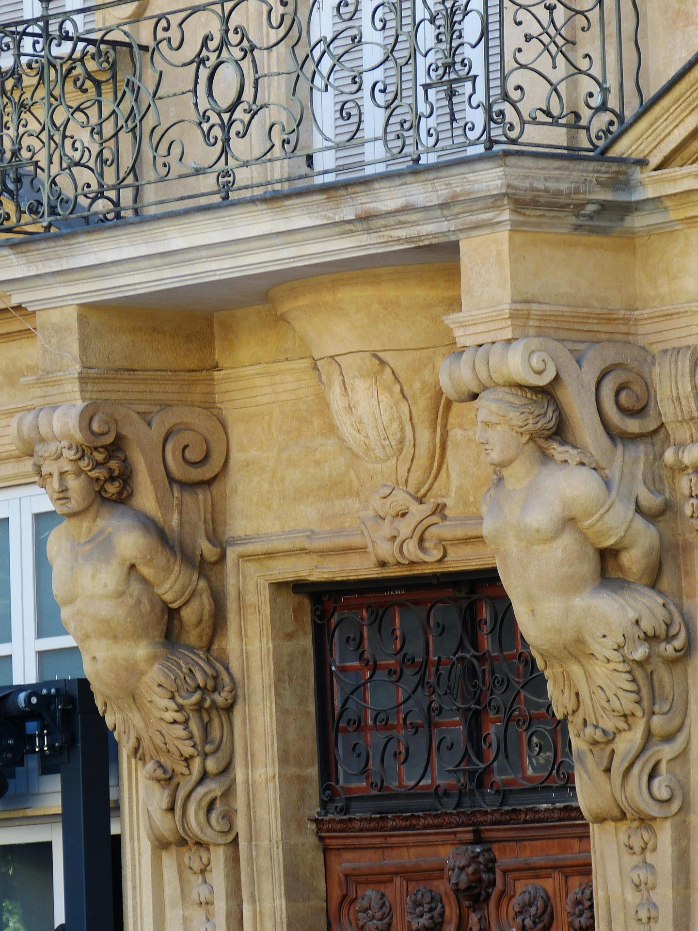 Aix en Provence Portone.jpg