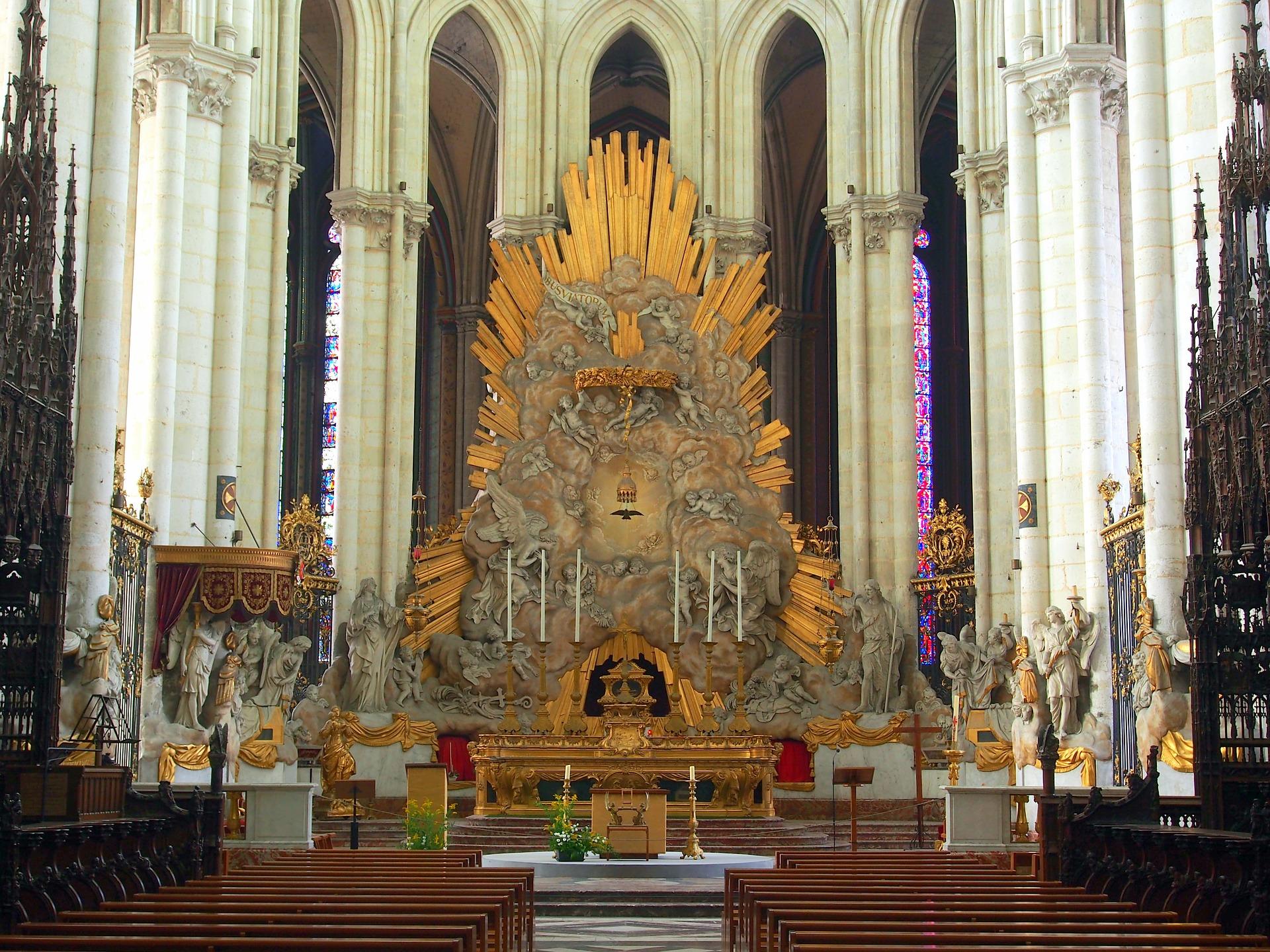 Amiens Cathedral.jpg