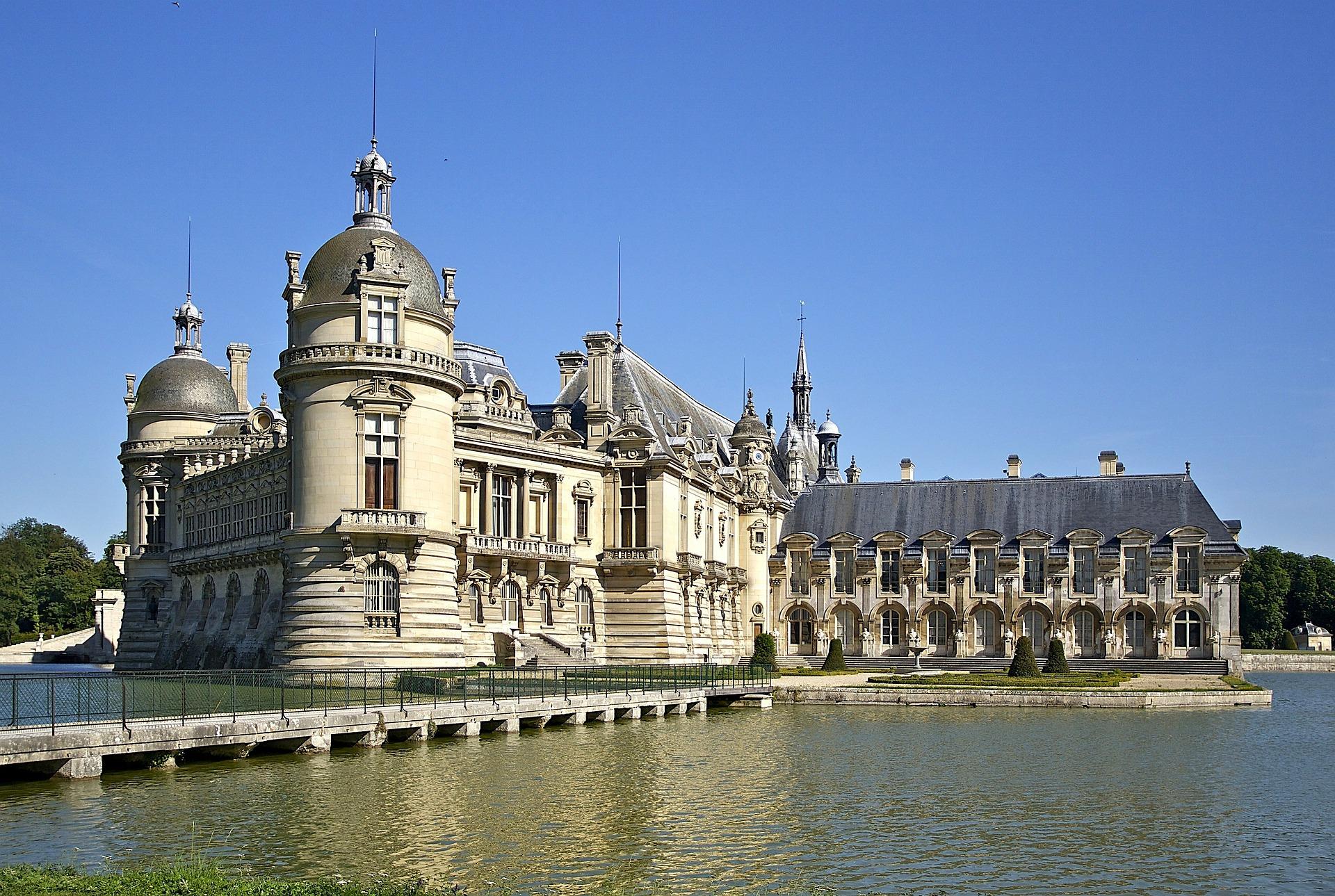 Chateau Chantily.jpg