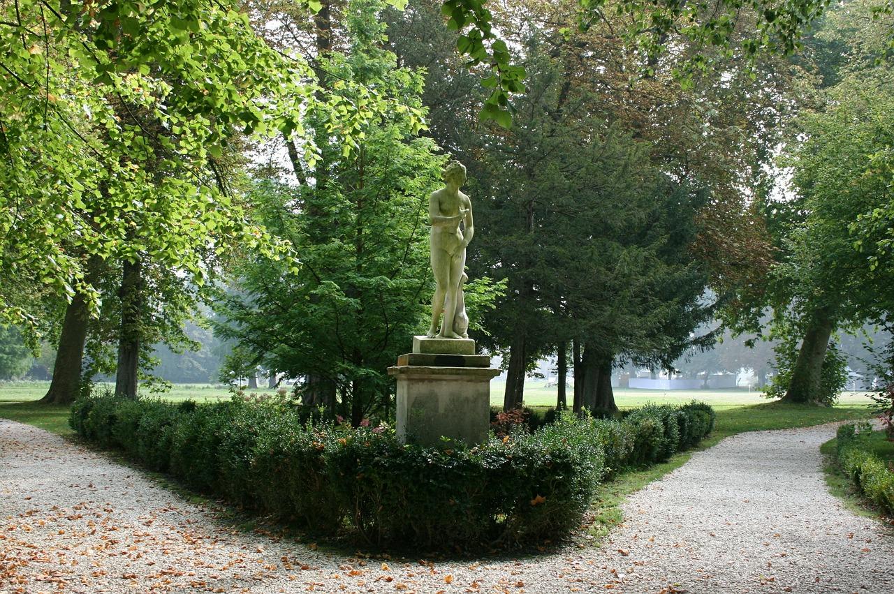 Garden Chantilly.jpg