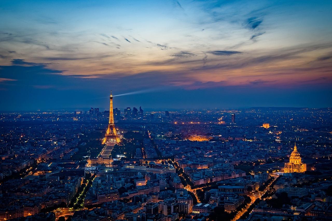 3 Paris Panorama - pixabay May 2016.jpg