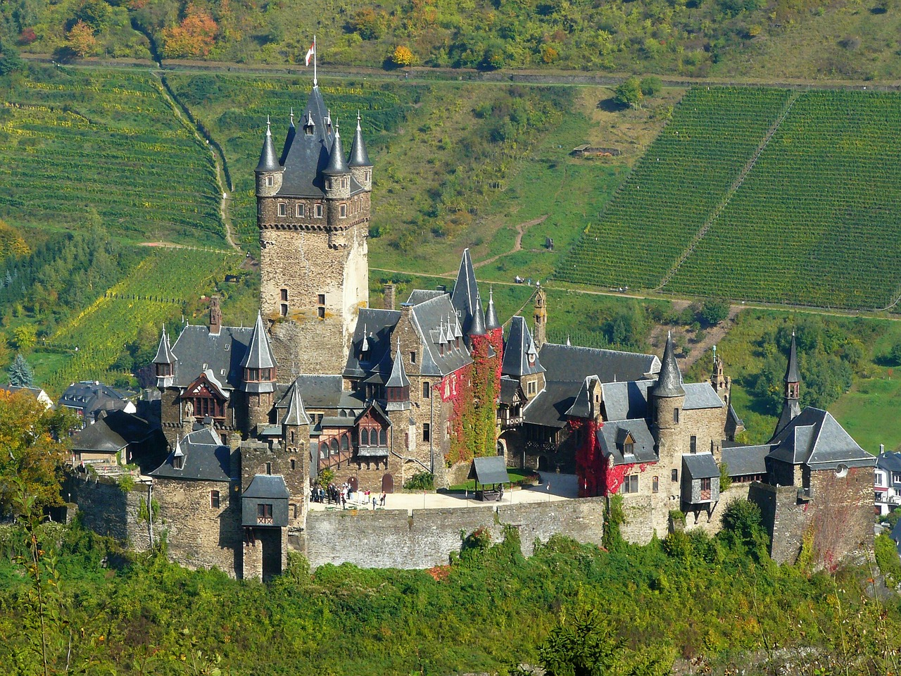 Cochem Castle, pixabay May 2016.jpg