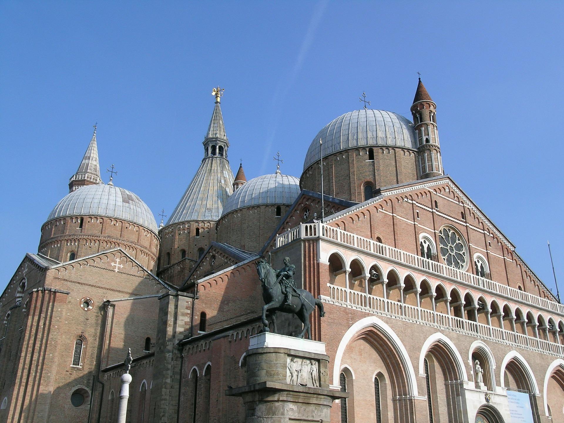 Sant'Antono Church.jpg