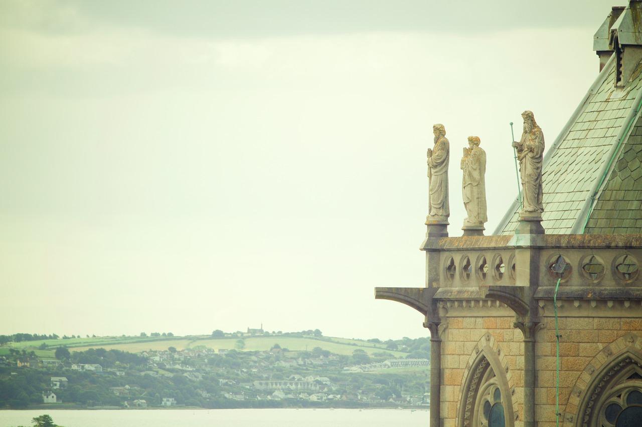 1 St Colman's Cobh, Pixabay June 2016.jpg