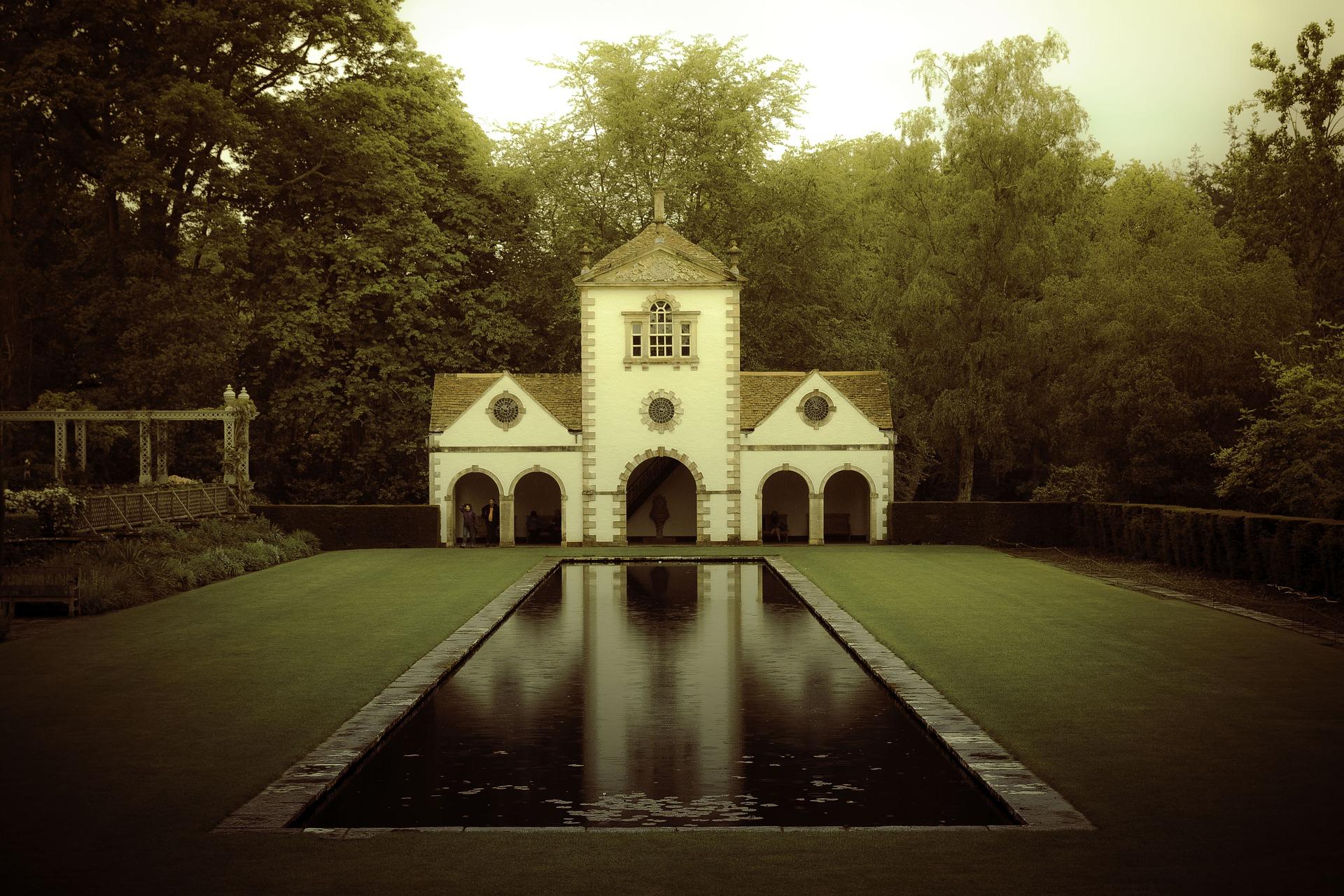 1 Bodnant Garden pix.jpg