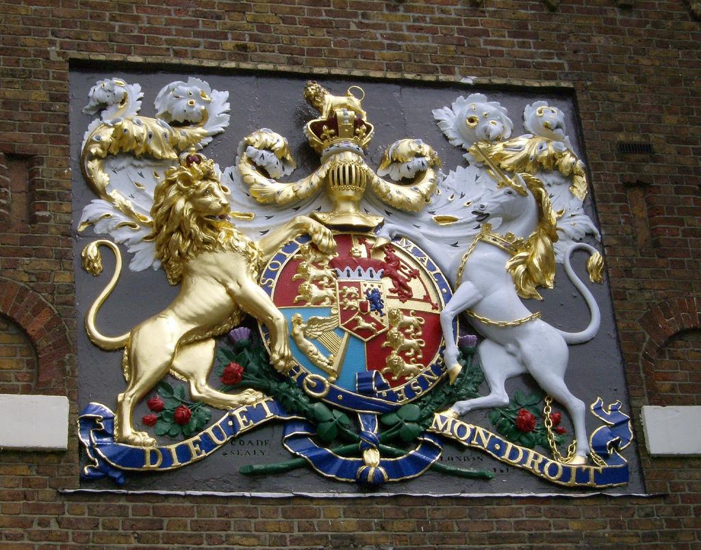 2 - Chatham Dockyard Coat of Arms.jpg