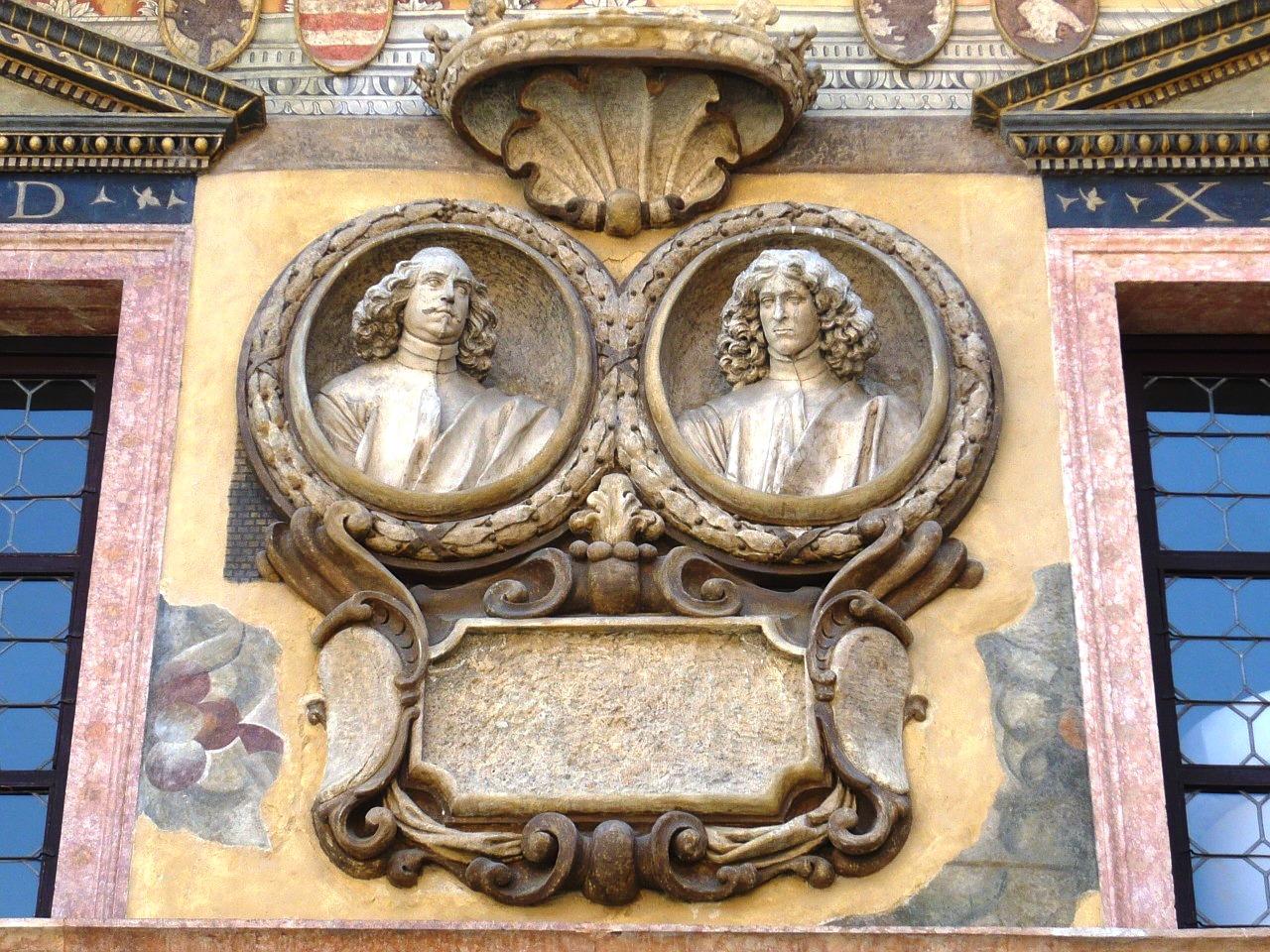 Verona detail.jpg