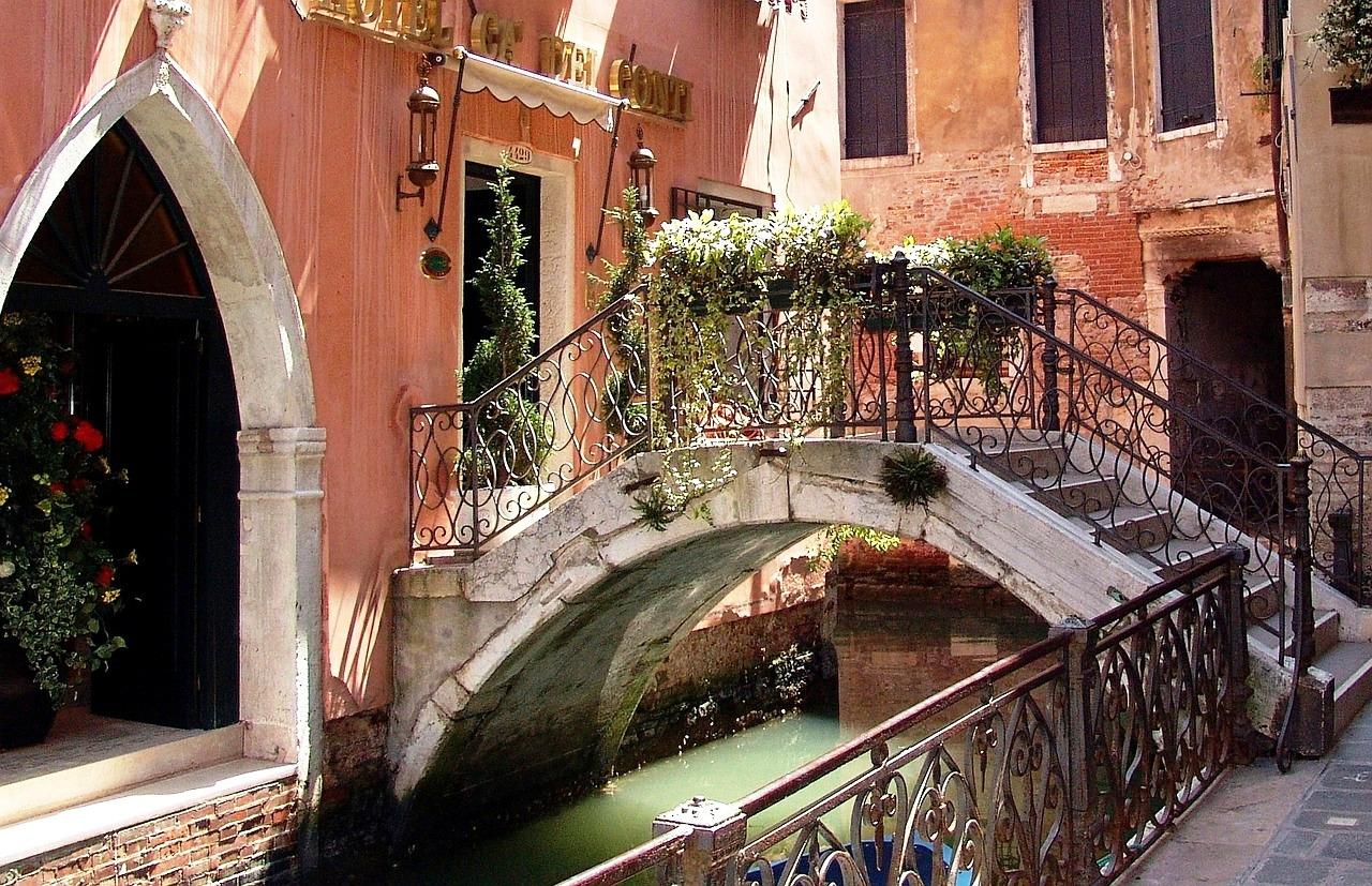 Venetian channel.jpg