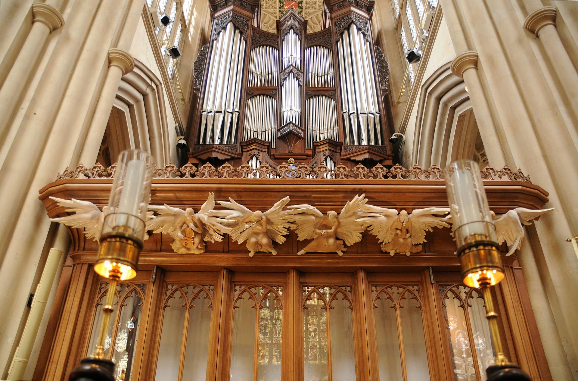 Bath Abbey Organ.jpg