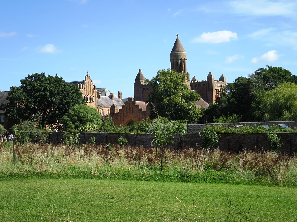 Quarr Abbey, Isle of Wight.jpg