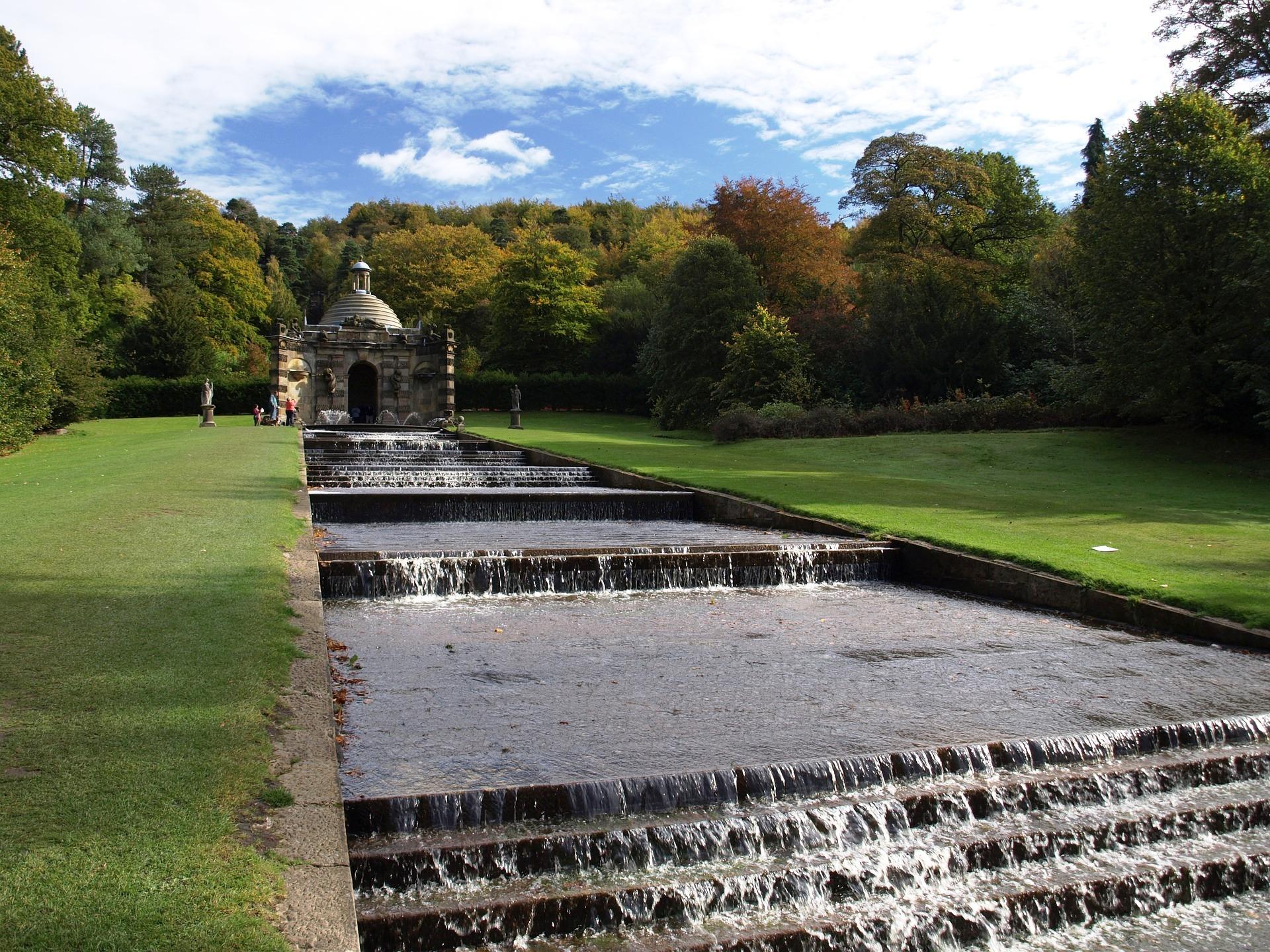 Chatsworth Fountain.jpg