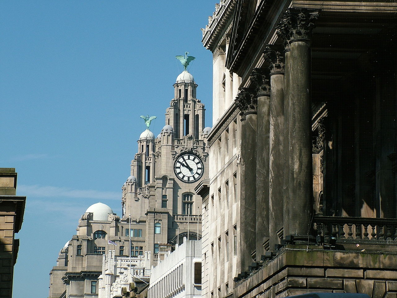 Royal Liver Building By Tagishimon licensed for reuse under CC BY-SA 3.0