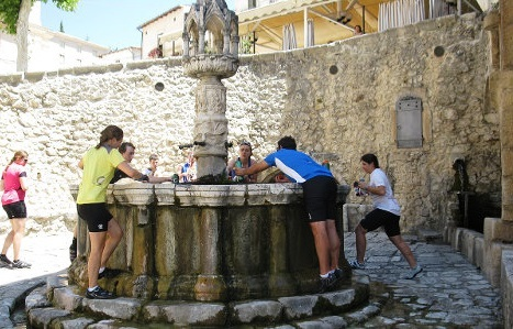 Abruzzo Natural Parks - Piazza di Fontecchio 1.jpg