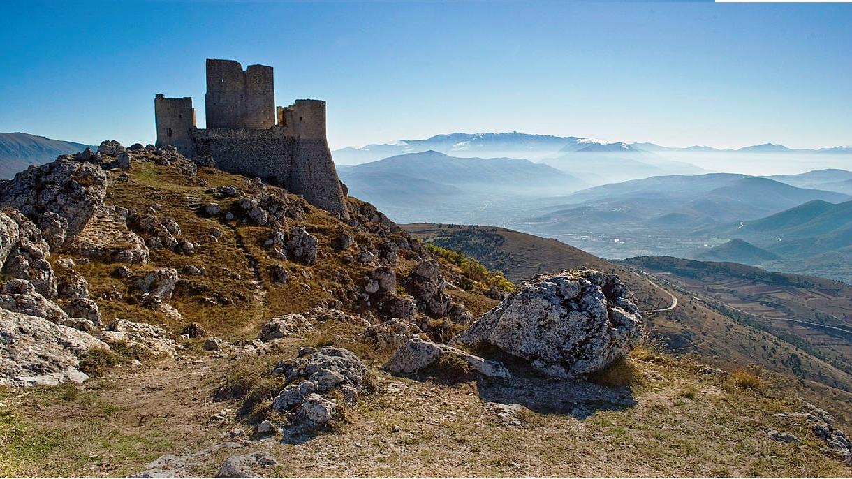 Abruzzo Natural Parks - Rocca Calascio1.jpg