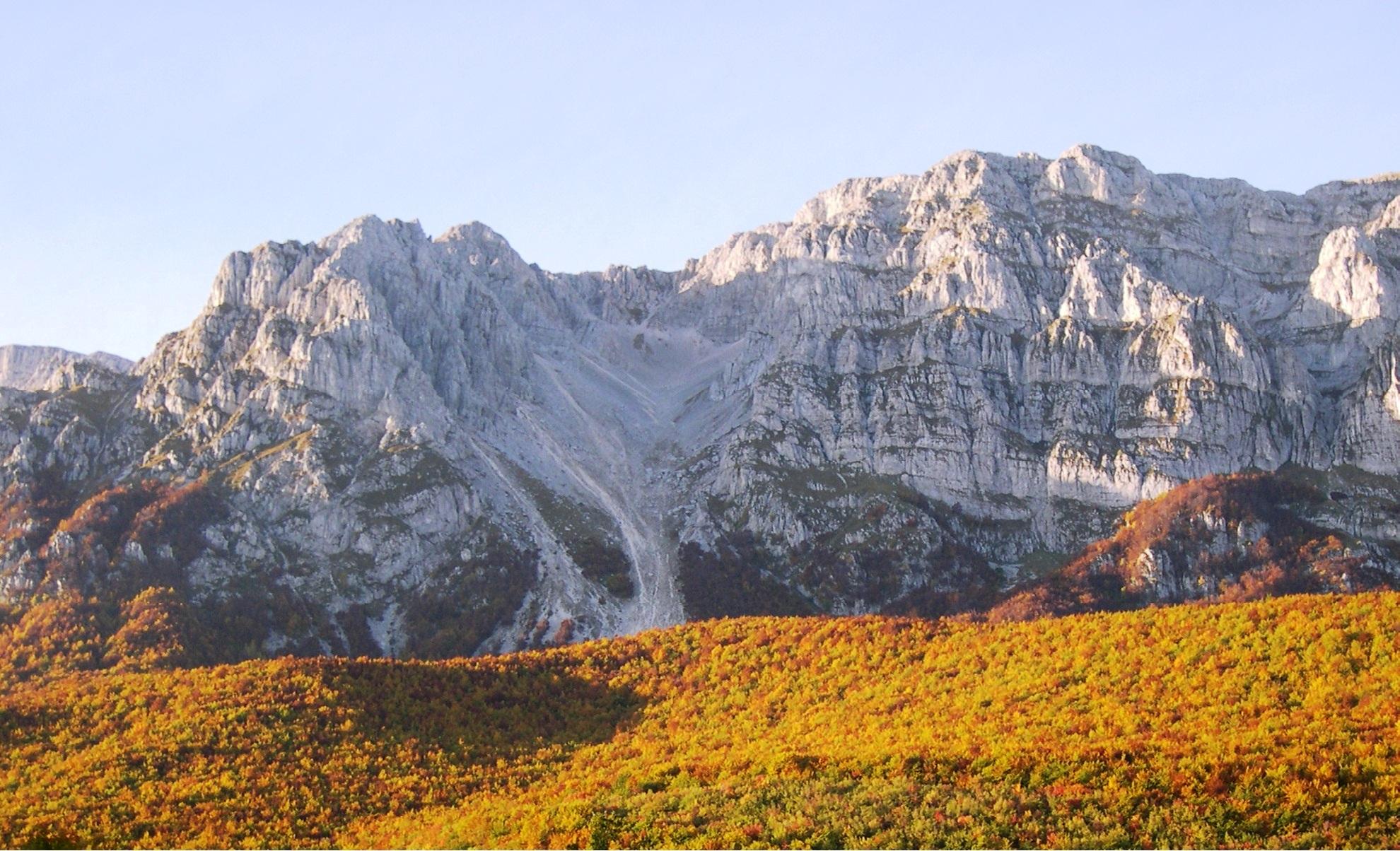 Abruzzo Natural Parks - Sirente.jpg