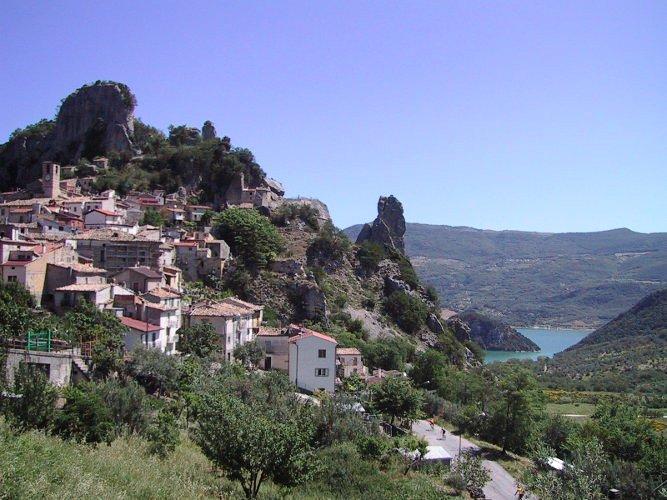 The Apennine Way - Pennadomo.jpg