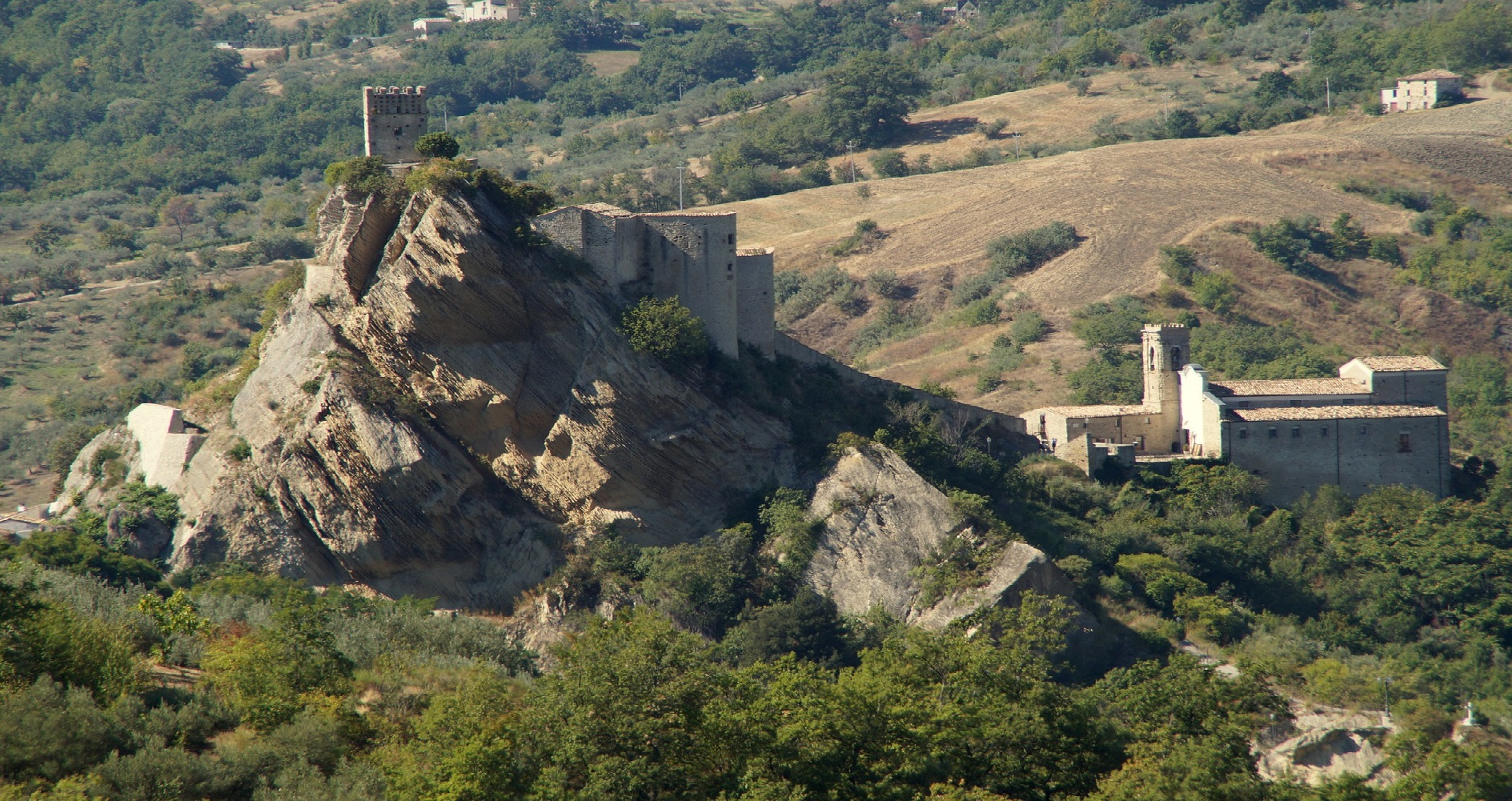 The Apennine Way - Roccascalegna1.jpg