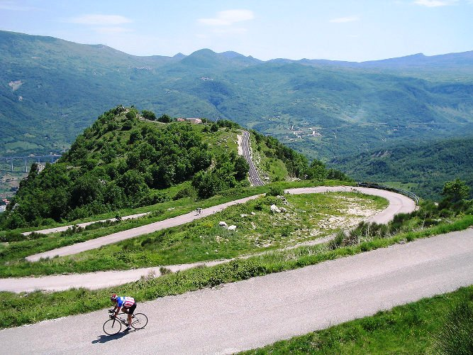 The Apennine Way - Winding Downhill.jpg