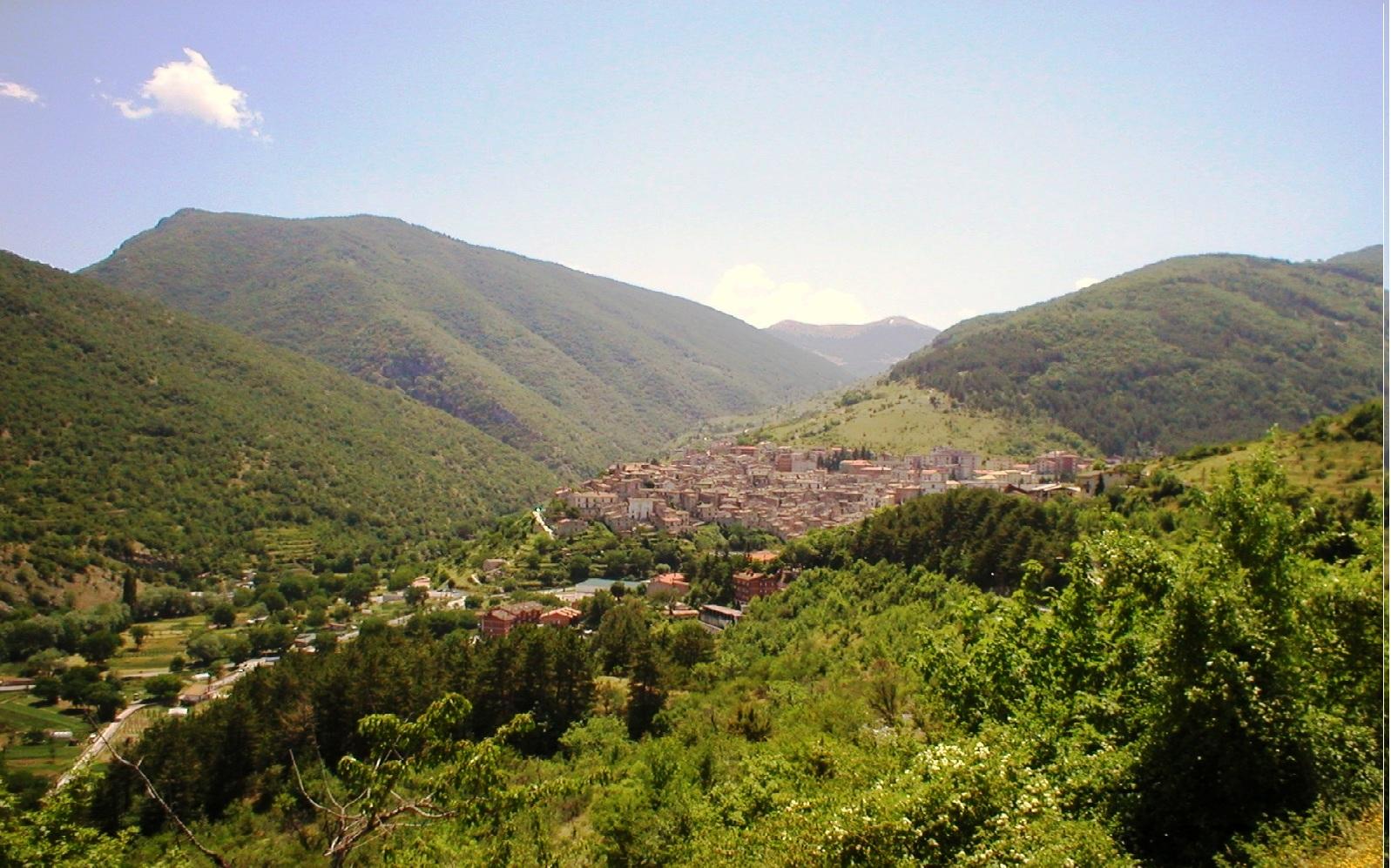 Main and Thumbnail Greenbelt of Abruzzo.jpg