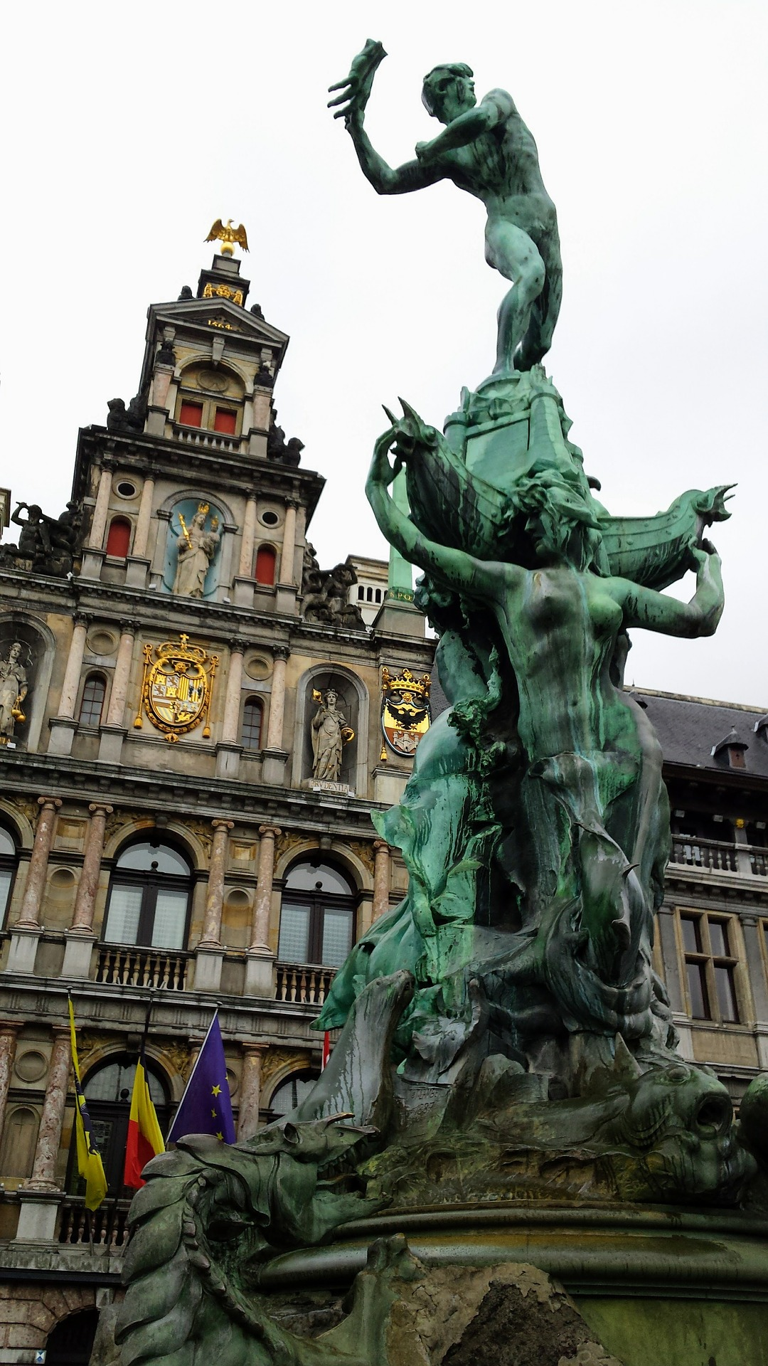 Antwerp Grand Place pixabay.jpg