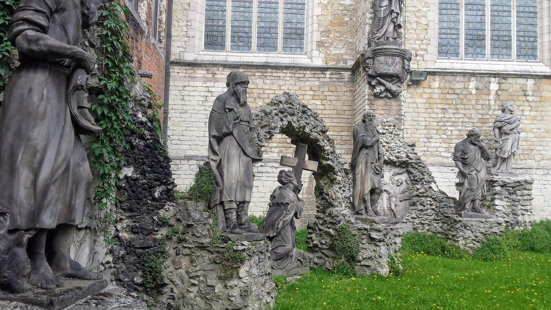 Antwerp st-pauls-church pixabay.jpg