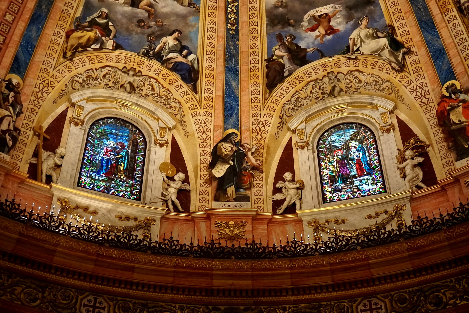1+Basilica+San+Francisco+Madrid+pixabay.jpg