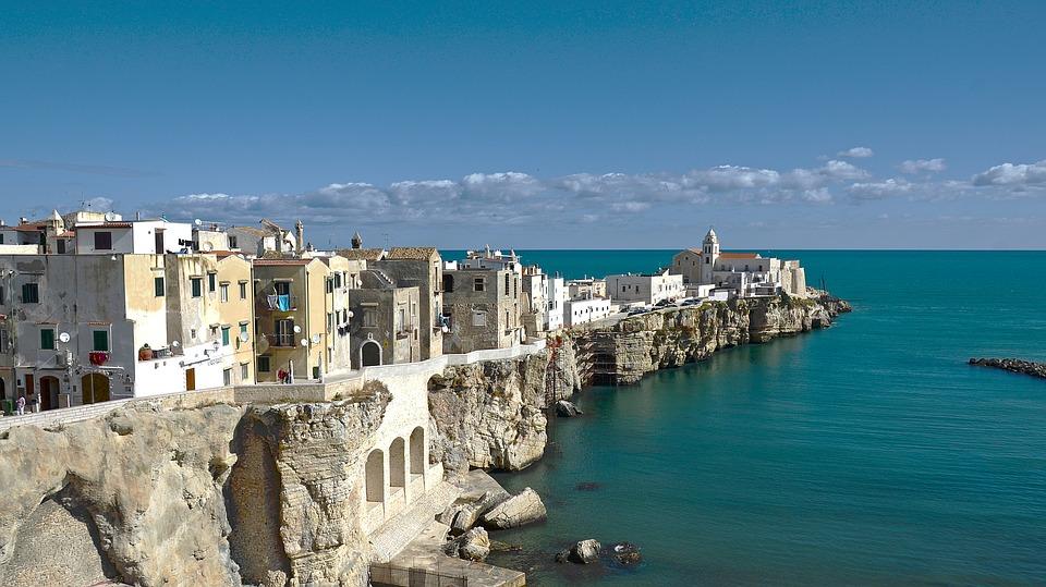 2 Puglia pixabay.jpg