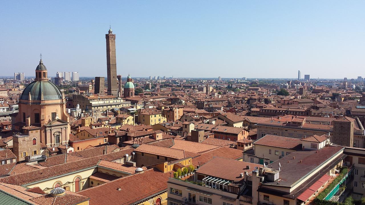Bologna view pixabay.jpg