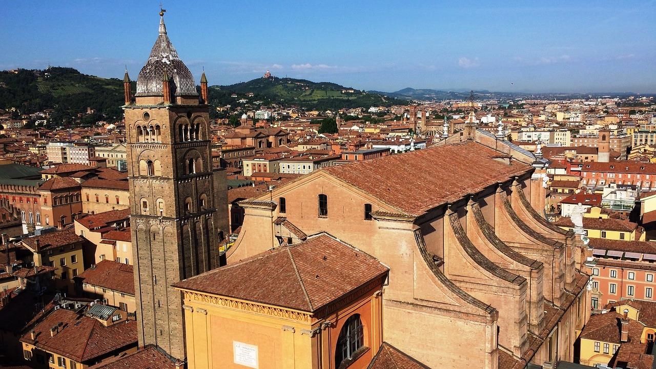 Bologna, veduta panoramica pixabay.jpg
