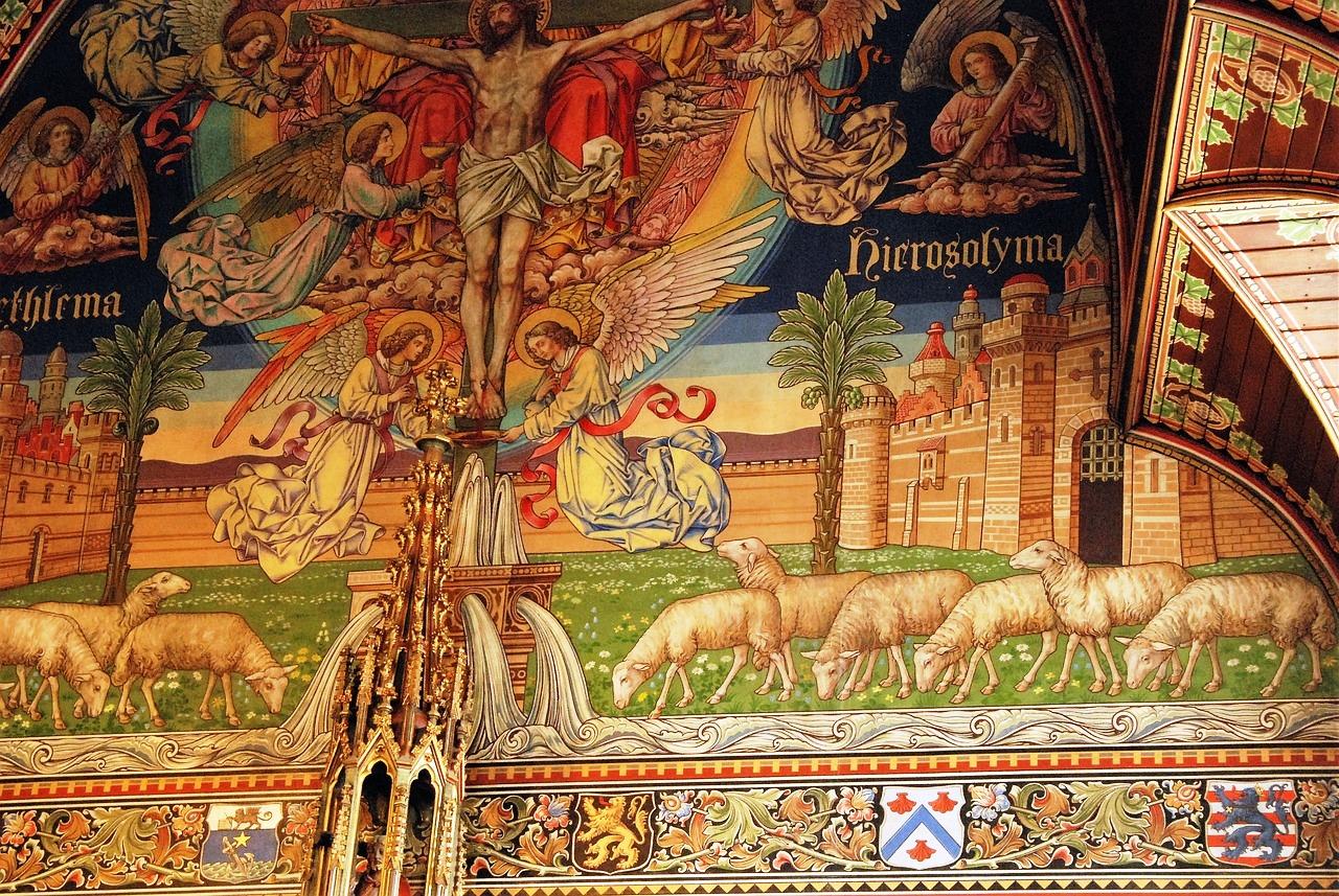 Basilica Holy Blood Brugge pixabay.jpg