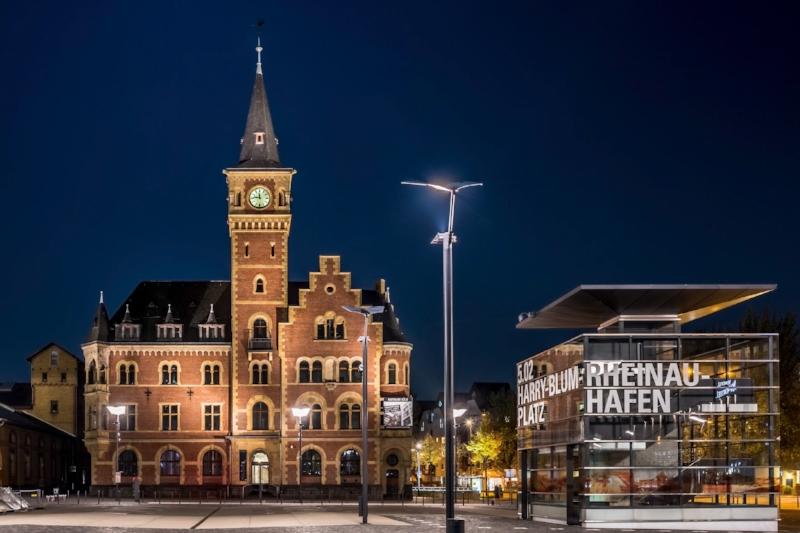 Harry-Blum-Platz bei Nacht