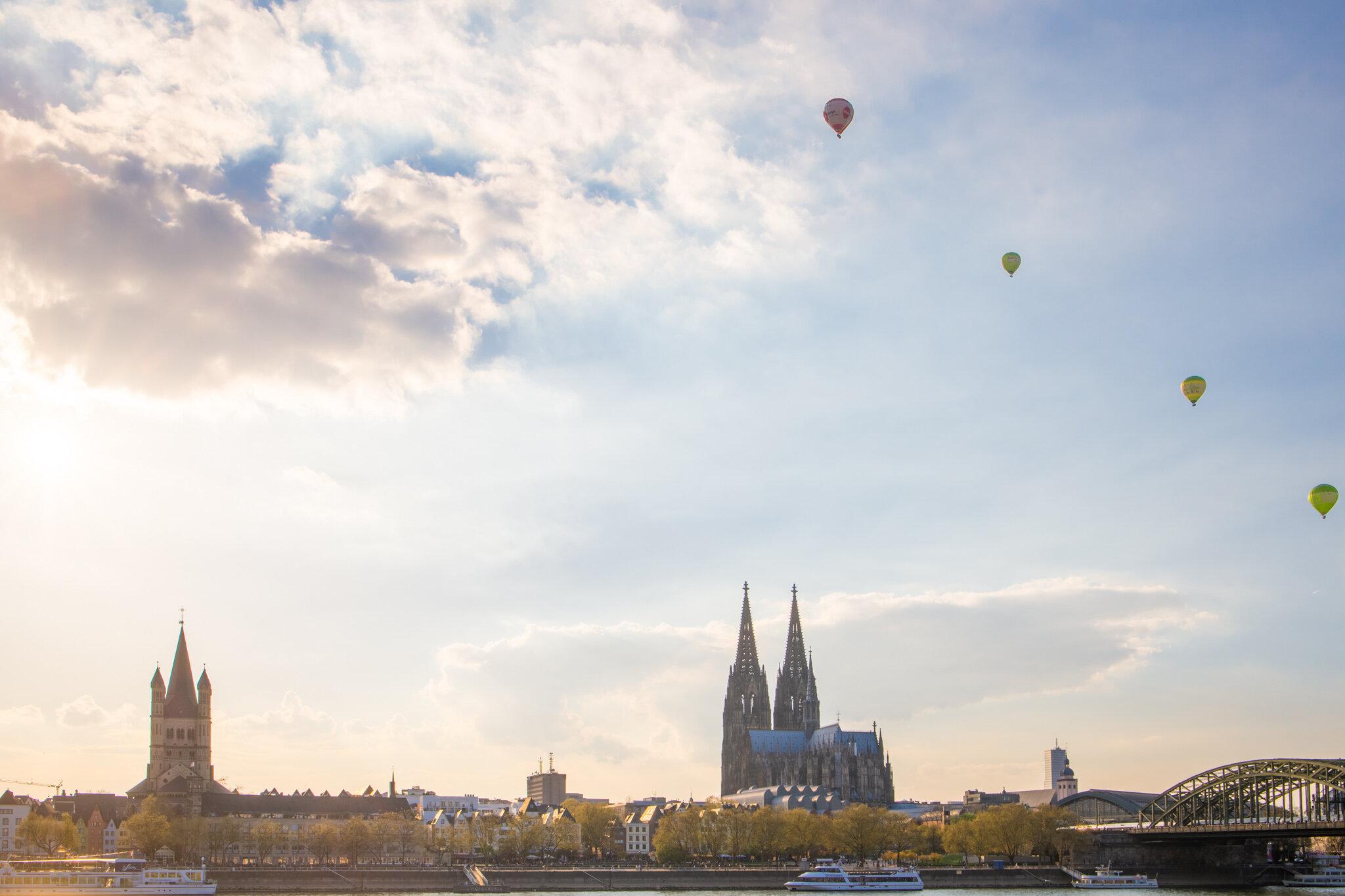 Ballons über Köln