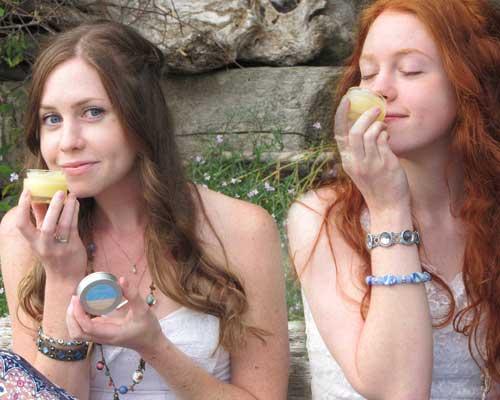 Rosalyn & Karalyn, fans of Quiet Lion