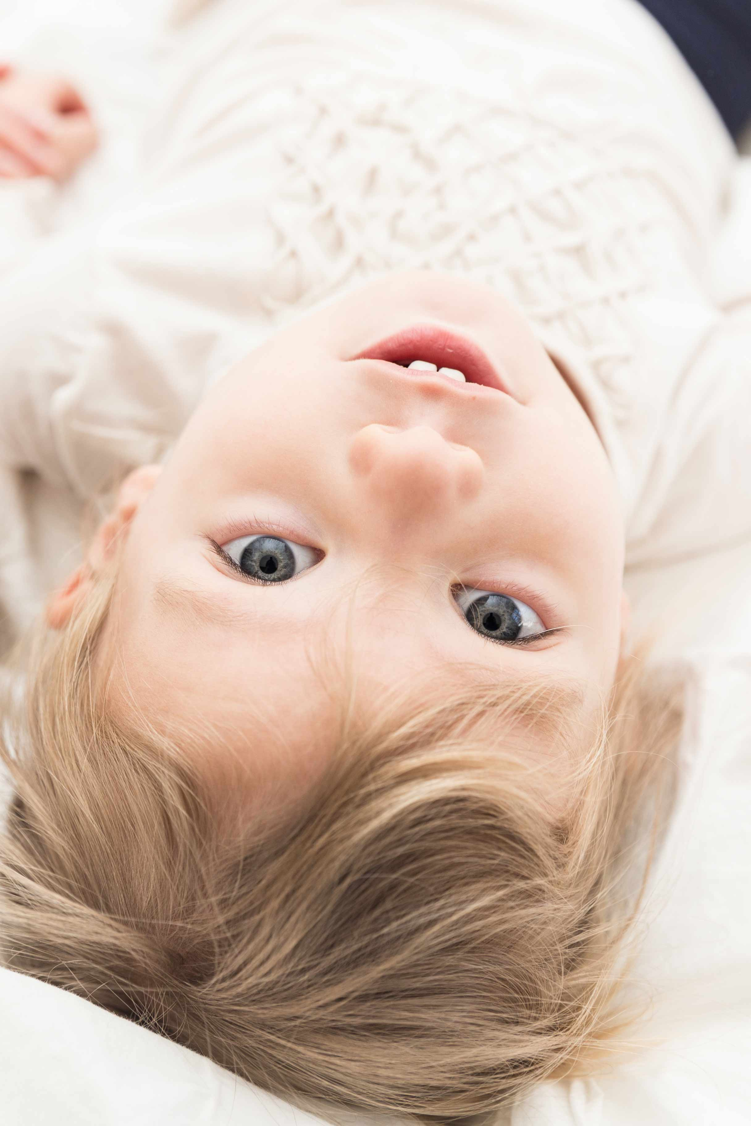 newborn photographer bergen county nj lifestyle family photographer