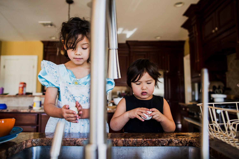 girls making egg salad