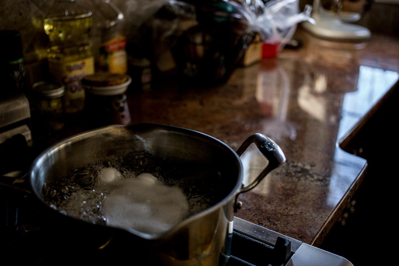 Hard boiling Easter eggs