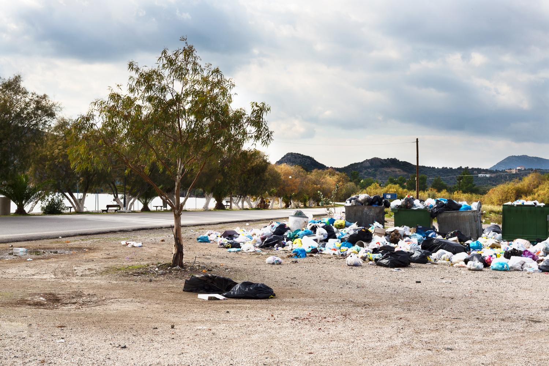 greek trash.JPG