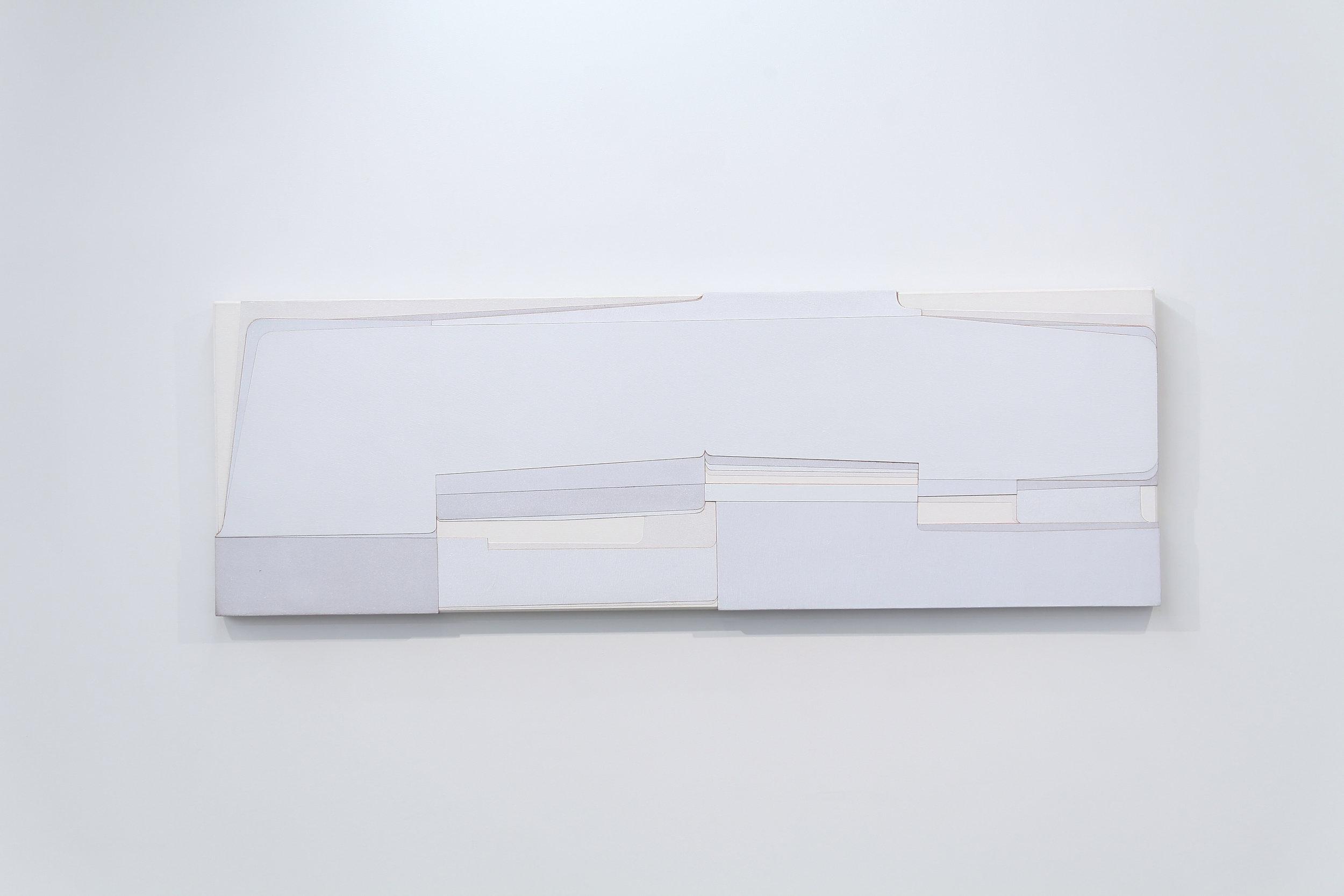 "Hartmut Landauer "" Shyris House VII ""  2013年 50x150x4.5cm Photograph by moco"