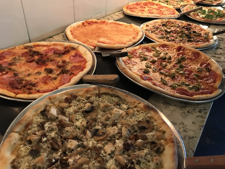 candelaris-houston-pizza-buffet.jpg