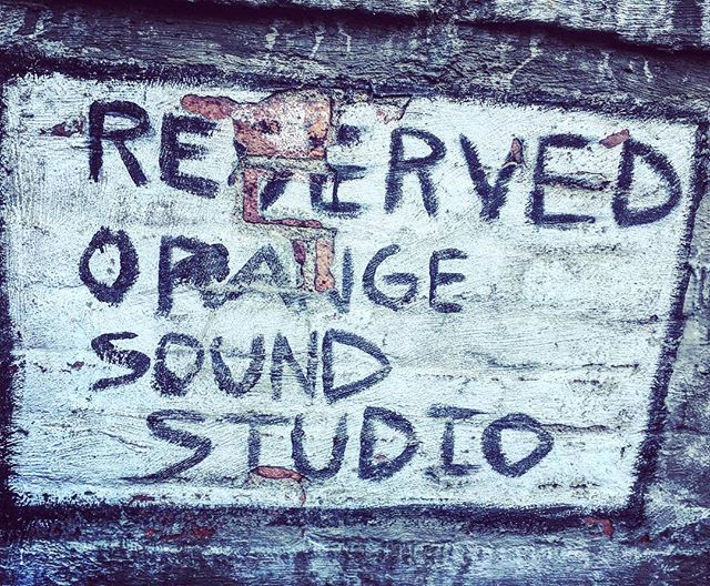 Back at the lab to work on some more tracks... #heavensbee #recording #orangesoundstudio