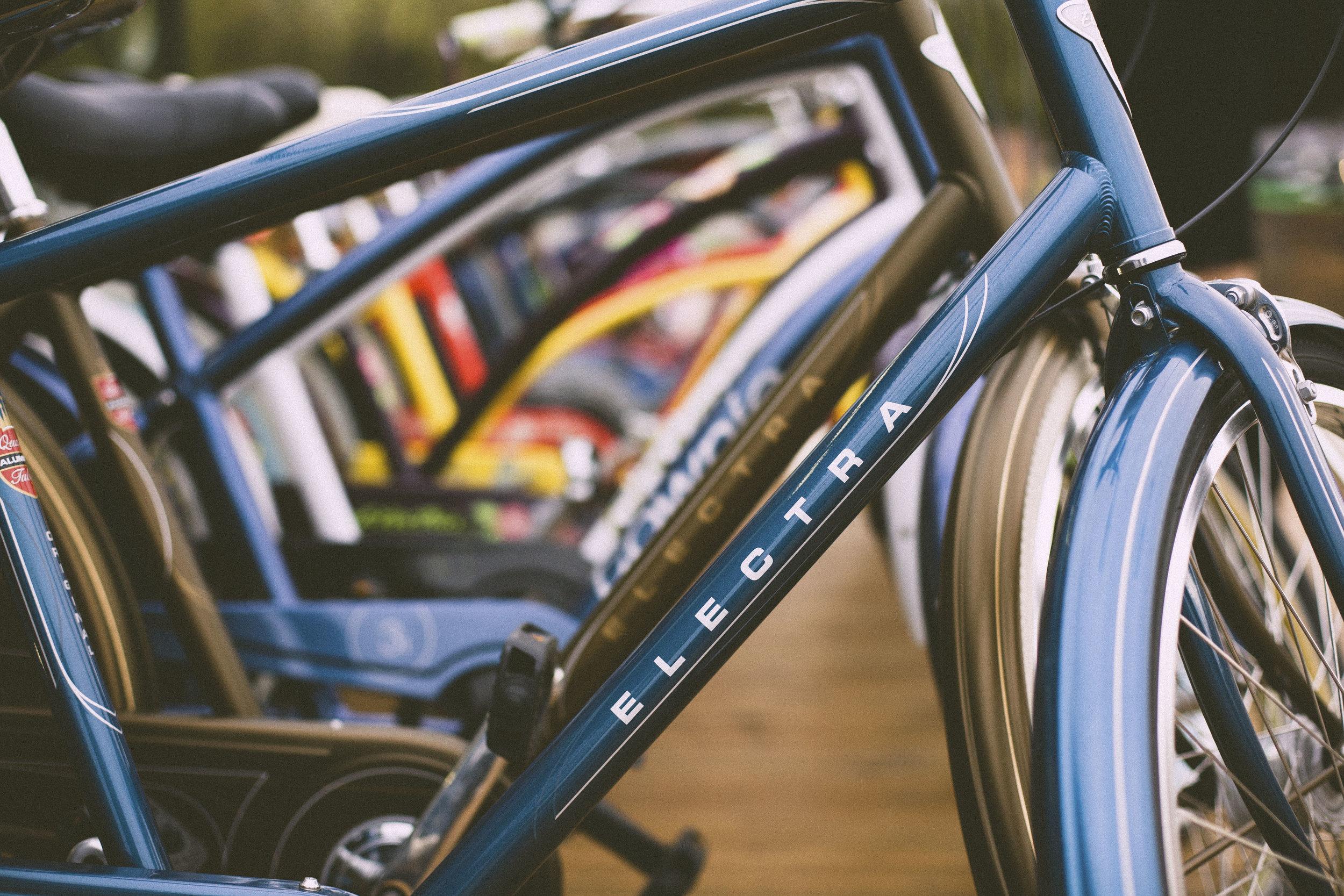 lotsa-bikes-StockSnap_I7636GC9V2.jpg