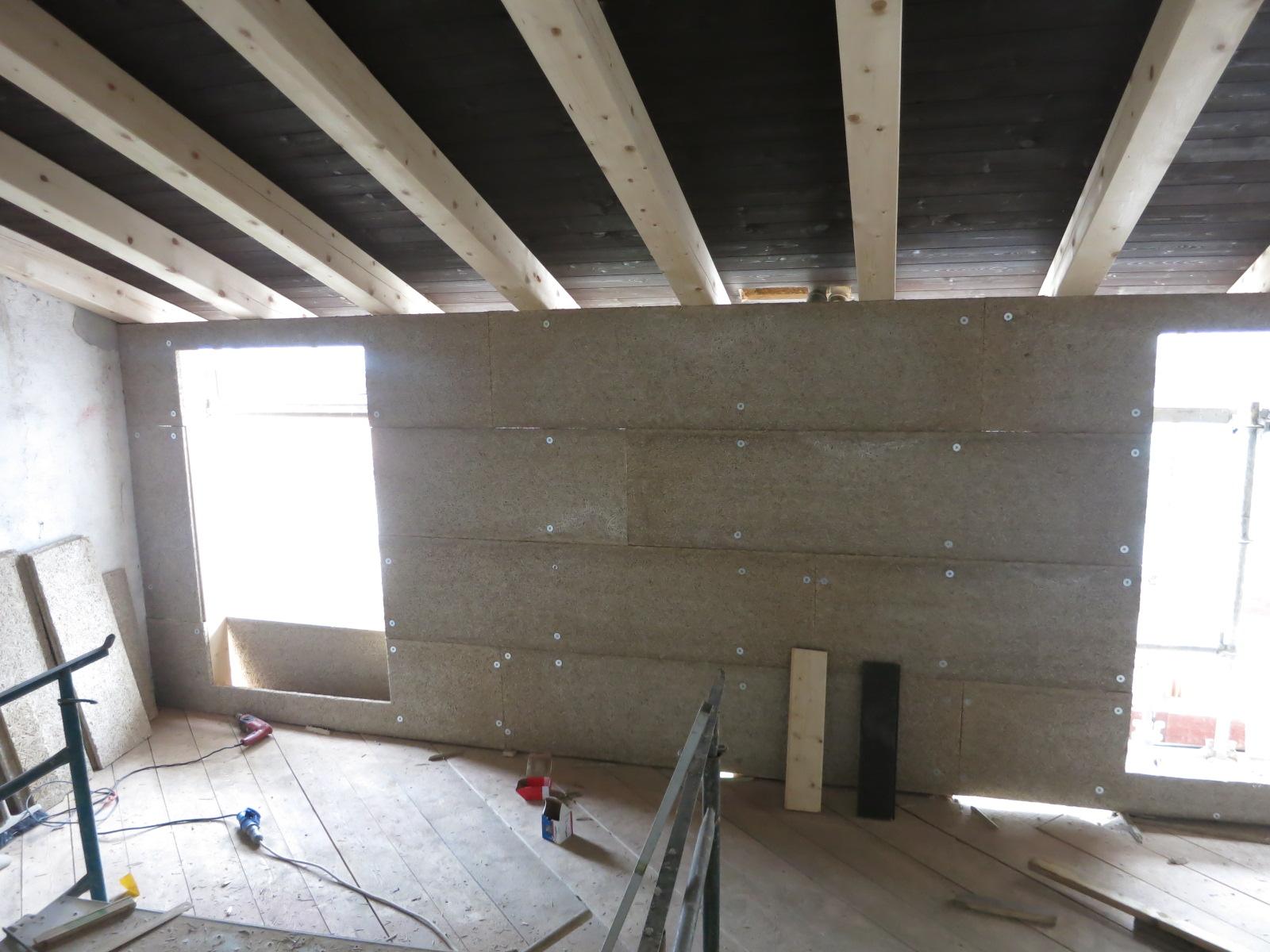 Completamento della parete interna in legnomagnesite