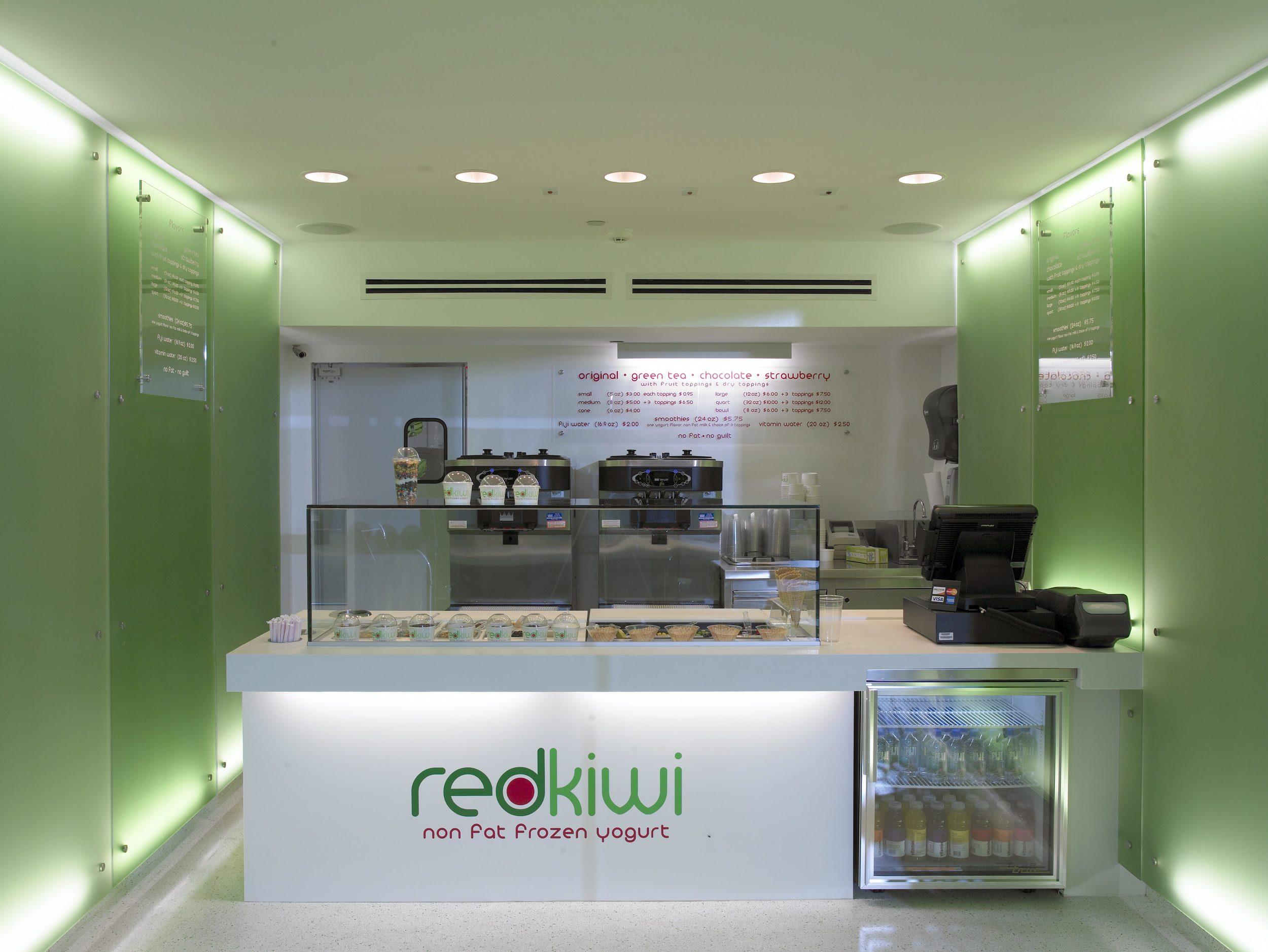 Red Kiwi Store 2-058825.jpg