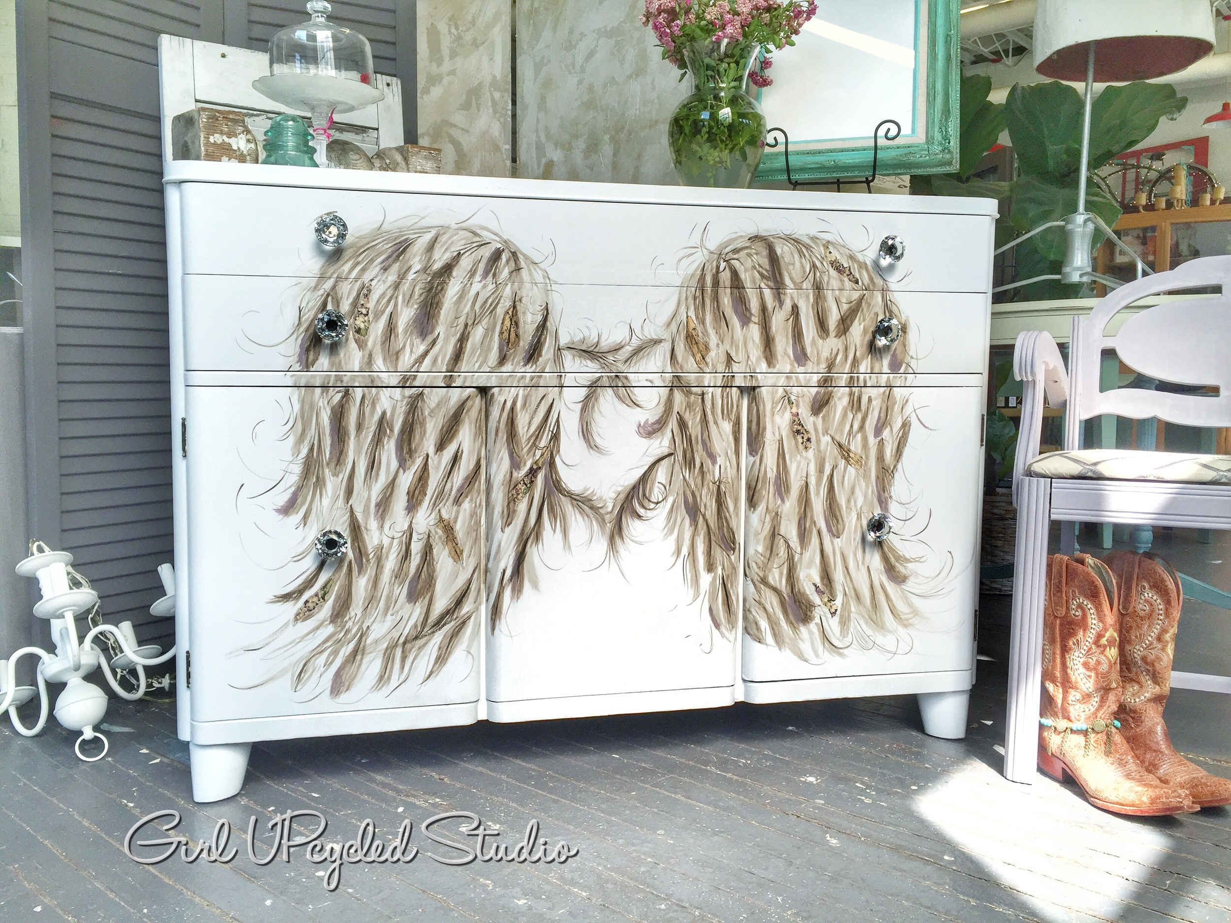 artistic buffet with wings boho