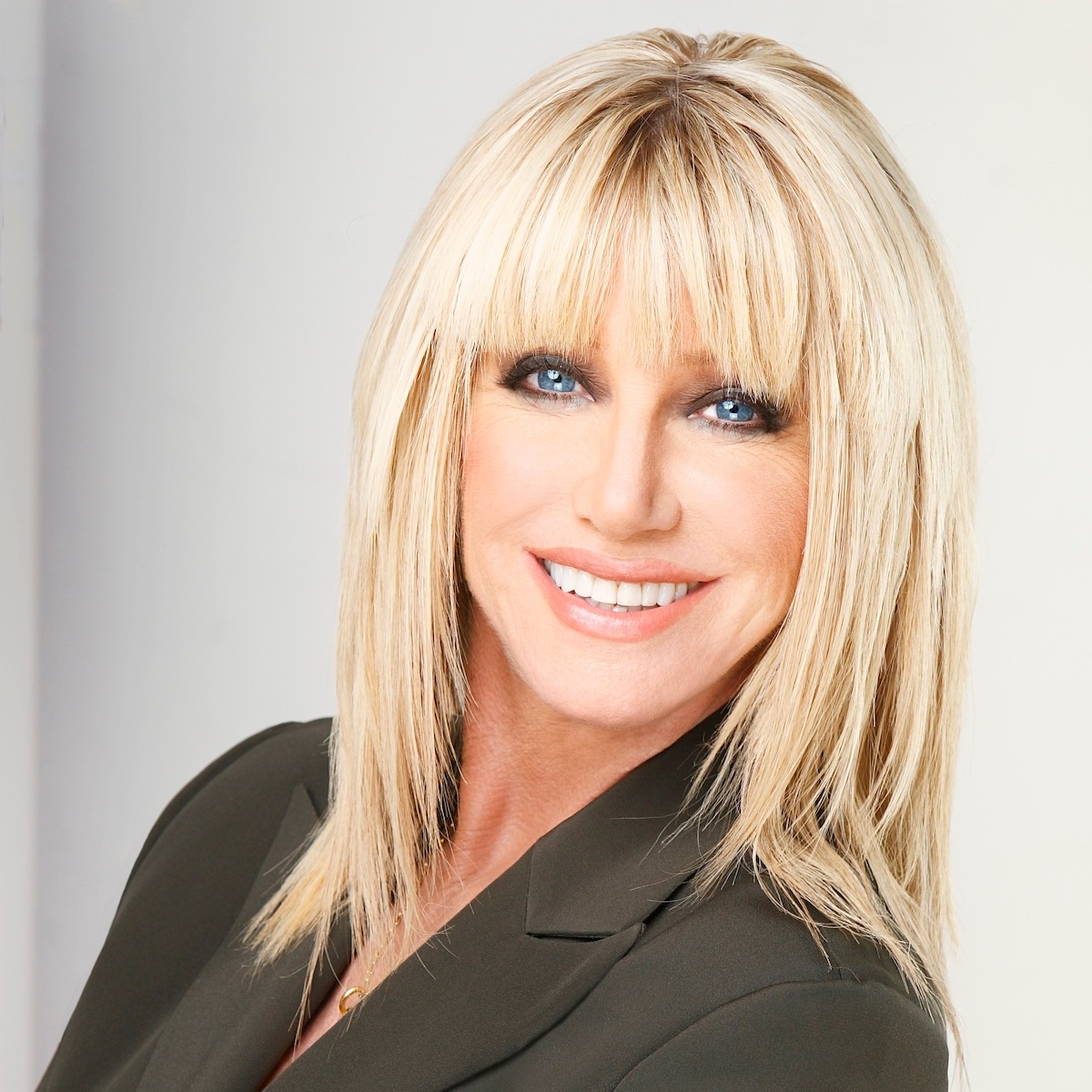 Suzanne Somers - Health Advocate