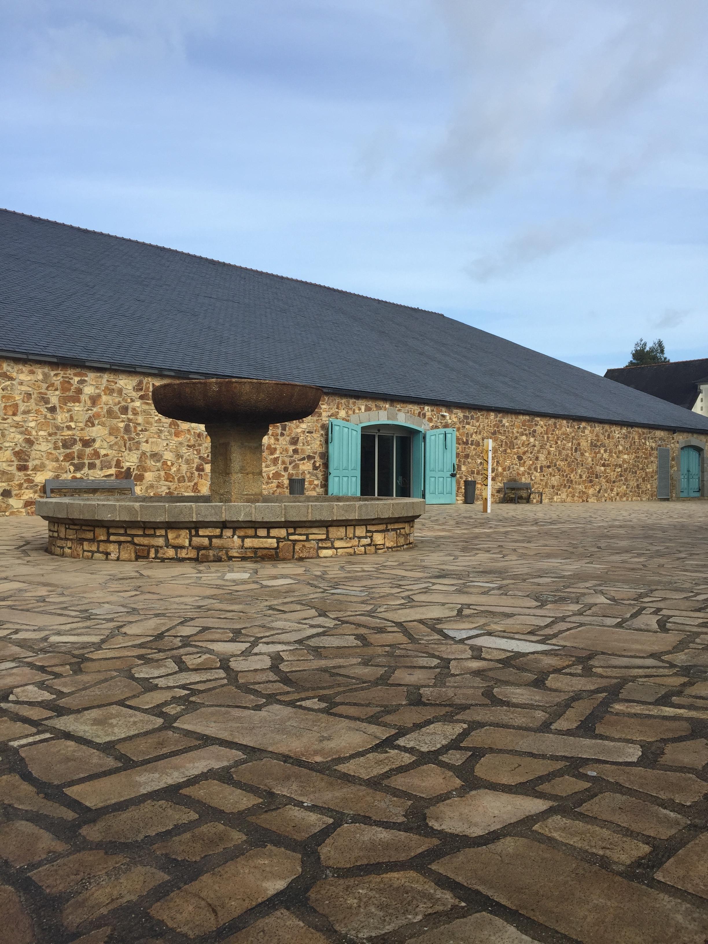 Exterior of Fonds Leclerc